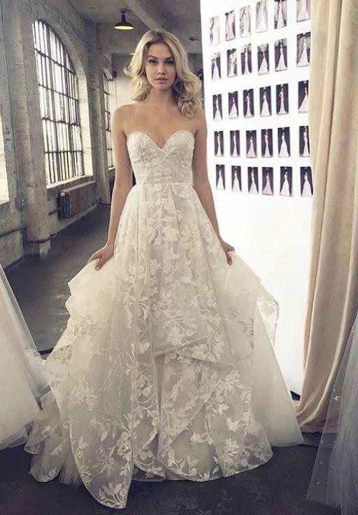 21894c4da6af Lulu gown by Hayley Paige Abiti Da Sposa