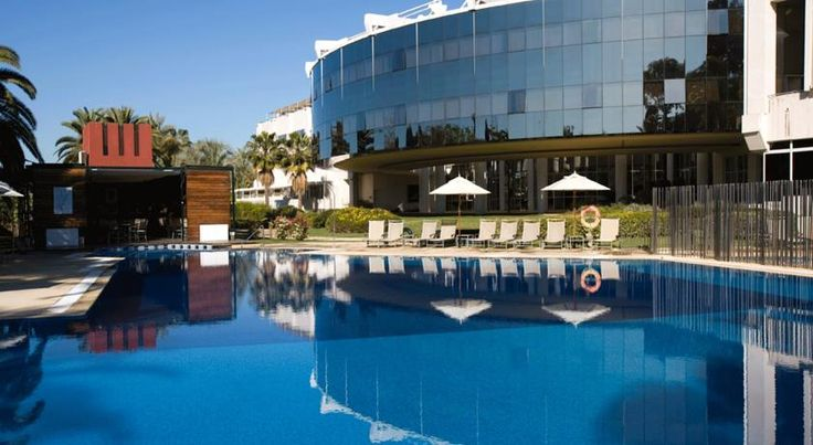 Silken Al-Andalus Palace Sevilla Silken Al-Andalus Palace Hotel is just 10 minutes' drive from Seville's historic centre. It offers a gym, beauty salon and a seasonal outdoor pool, as well as terraces, gardens and open spaces to relax in.