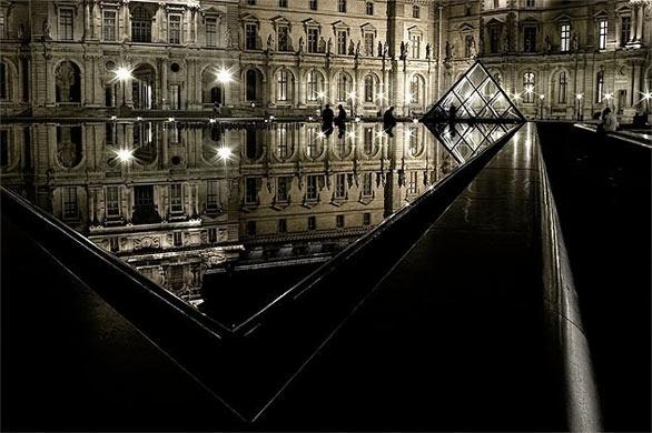 Le Louvre- Paris, France