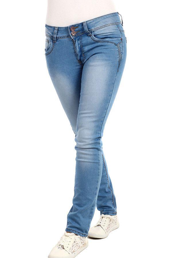 Světle modré dámské džíny s nízkým pasem - koupit online na Glara.cz  glara   fashion  džíny  dziny  dámskédžíny  damskedziny  jeans  rifle  dámskéjeans  ... d4c7cb72d8