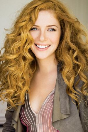 Under the dome actress - Rachelle Lefevre beautiful hair #curly #ginger #redhead