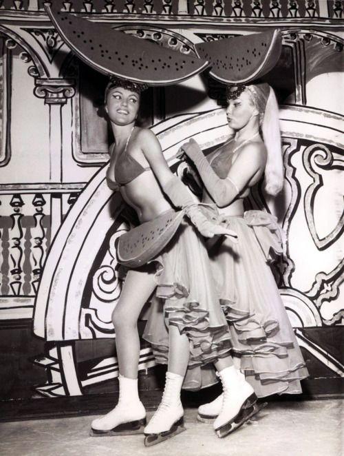 Heidi Hegerich, Lilo Eichberg, Las Vegas, 1960: Las Vegas, Roller, Heidi Hegerich, Sexy Ladies, Posts, Costume Inspiration, Lilo Eichberg