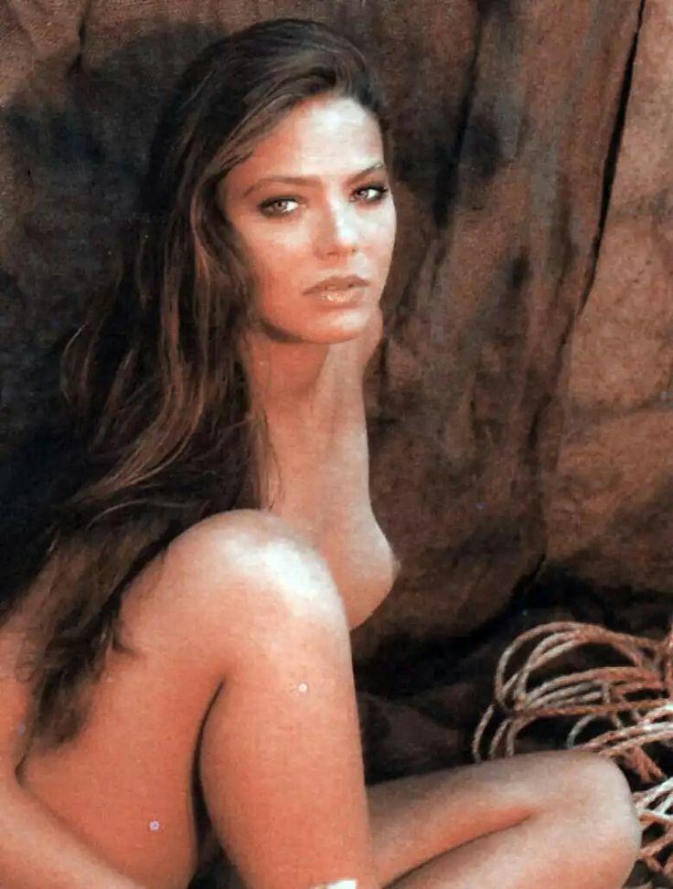 eroticheskie-foto-italyanskih-aktris