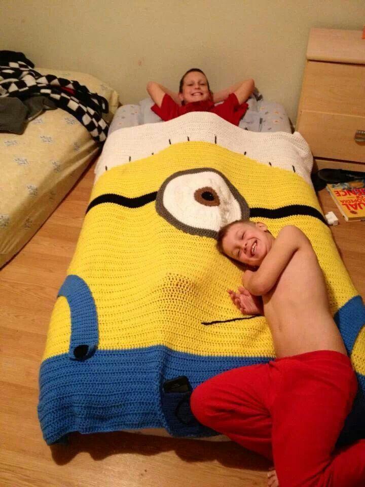 Minion blanket