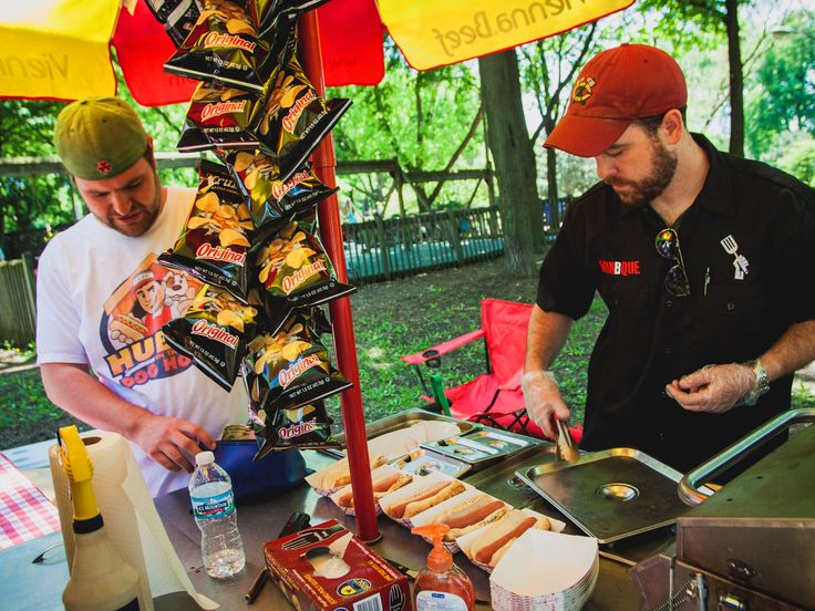What It's Like to Work at a Hot Dog Cart | Serious Eats