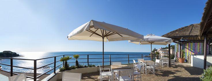 La terrazza sul mare..  www.astragalo.it