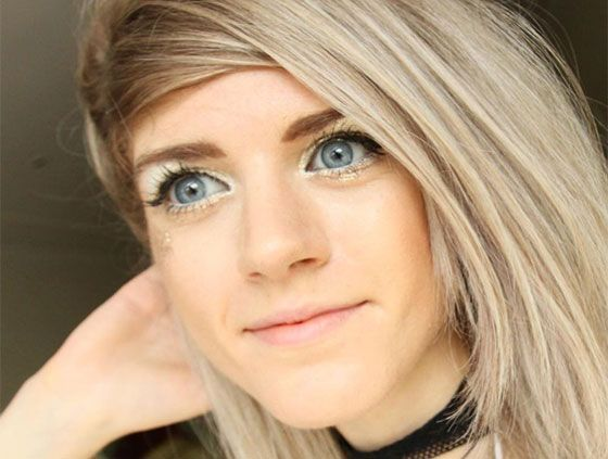 This is perhaps the most disturbing story we've ever heard. YouTube star Marina Joyce a.k.a. iRaindropsx has been making videos for about three years now, but fans recently noticed that a lot of strange things have been happening in her uploads. Although these changes aren't anything super new, viewers are starting to put together clues that are making them think she was kidnapped and is now being forced to make videos against her will.