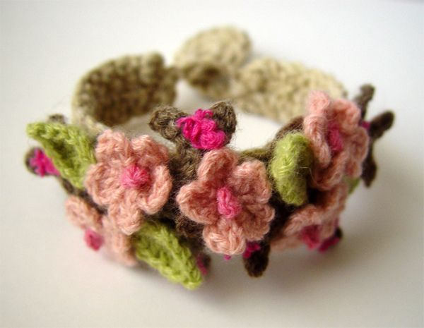 Crochet Cherry Blossom Sakura Bracelet
