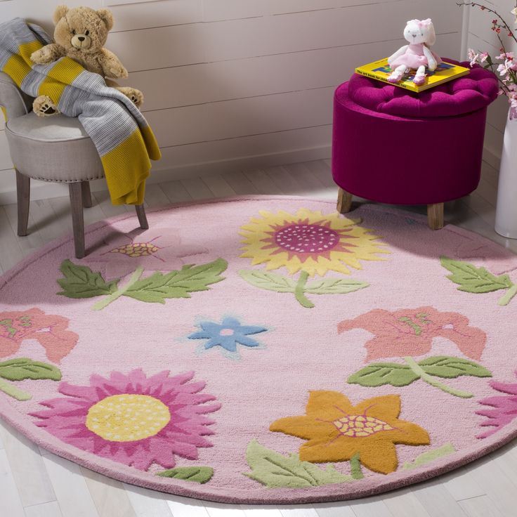 Safavieh Handmade Children's Paisley Sketch Pink N. Z. Wool Rug (4' Round), Size 4' x 4'