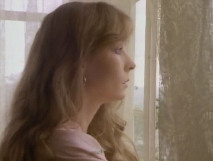 """Video Review: Juice Newton """"Angel of the Morning"""""""