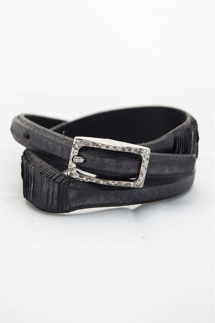 leather man's bracelet. buy it in our e-commerce! #leather #man #look #moda #fashion #vogue #bracelet