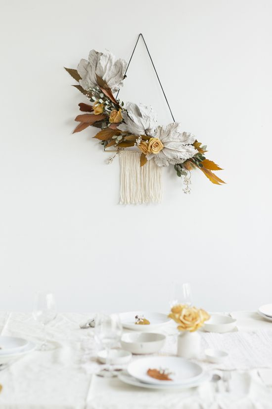 A UNIQUE HOLIDAY WREATH | D E S I G N L O V E F E S T
