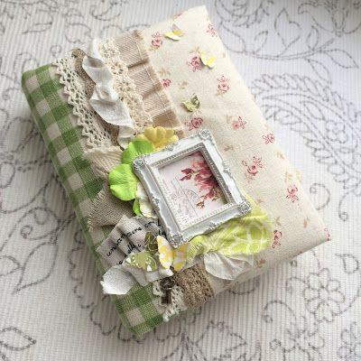 Happy Art: Мягкий весенний блокнот Мягкая обложка блокнота сделана из ткани, с шебби лентами,прекрасной гипсовой рамочкой и бумажными цветами. Внутри белые чистые листы. Выполнен в стиле scrapbooking