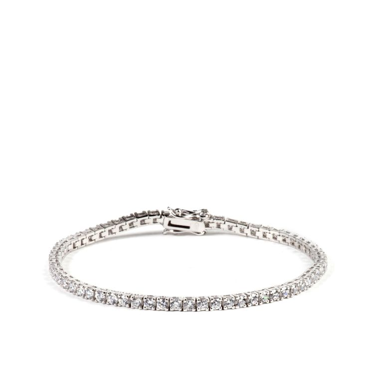 Un classico e sempre meraviglioso #tennis in argento con brillanti zirconi quadrati, perfetto con ogni look, elegante o casual. Un #musthave! Enhance your fashion with this silver tennis bracelet . Sparkling with square white cubic #zirconia, is an excellent complement to your casual or formal outfit. #jewel #madeinitaly #chic #fashion #ultimaedizione