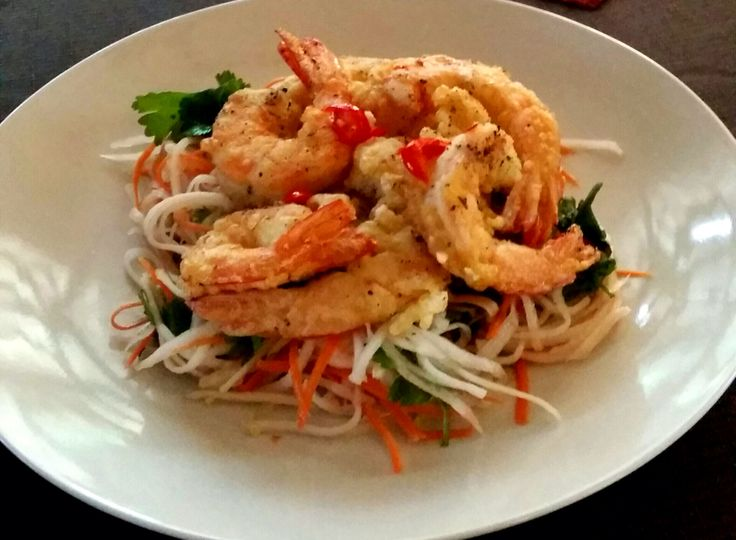Tempura Prawns with Papaya salad