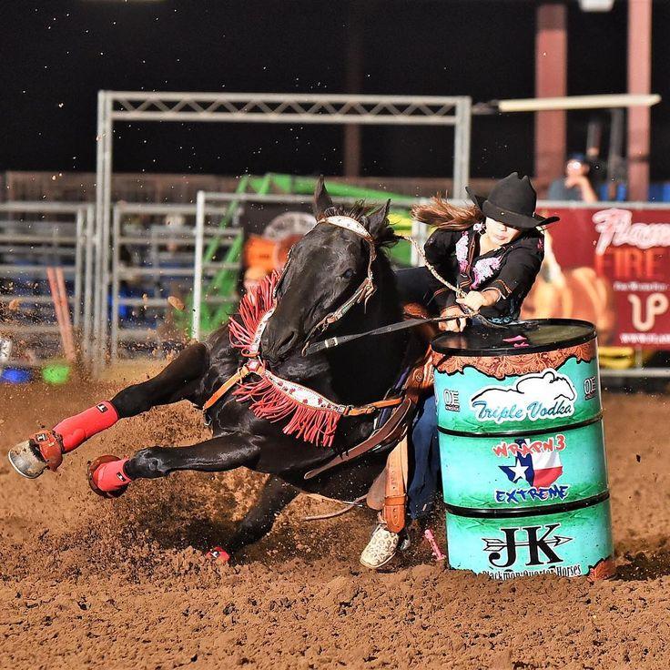 Rainy Skelton at the Texas Extreme Barrel Race in Edna, Texas. Kierce photo