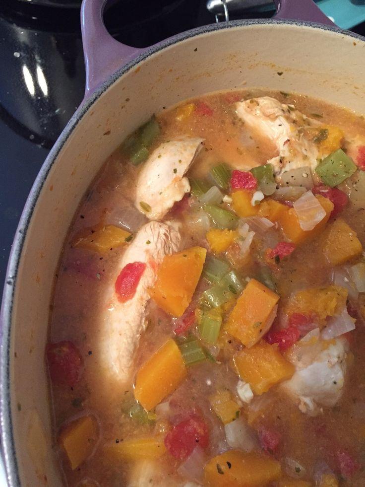 Weekend Recap & Soup Sunday - Butternut Chicken Winter Stew #paleo #glutenfree #sundaydinner #onepotmeal
