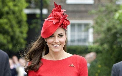 Cambridge Düşesi Kate'in gardırobuna ne kadar harcadığı belli oldu. Kate'in bu yılki kıyafet masrafı 35 bin sterlin tuttu.