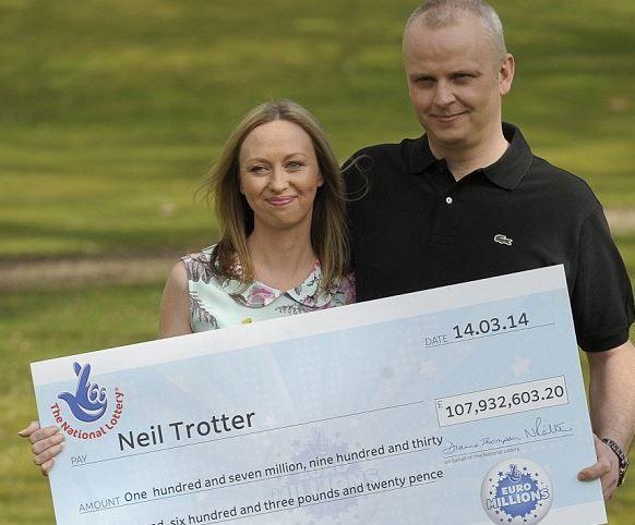 Ganhador do super sorteio de março deste ano da #loteria #Euromillions, Niel Trotter; 107 milhões de libras mais #rico....