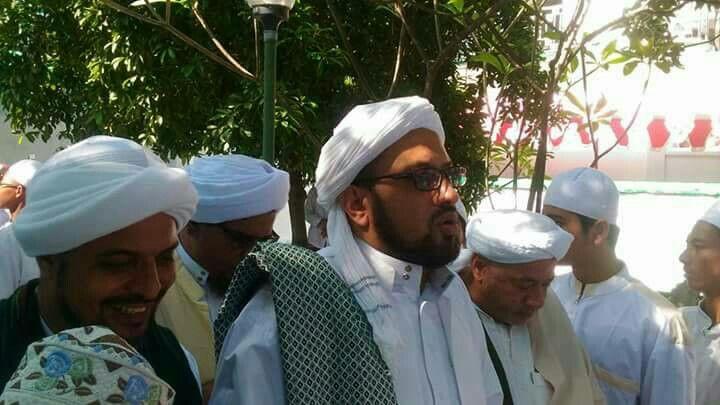 Dari kiri, Habib Abdullah Almuhdhor, Habib Taufiq Assegaf, Habib Abdurahman Bahlega Assegf, Haul Habib Alwi bin Seggaf Assegaf, Ahad 7 Mei 2017