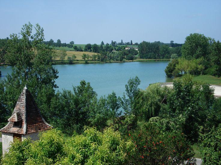 Lac de Lamontjoie, vue du village