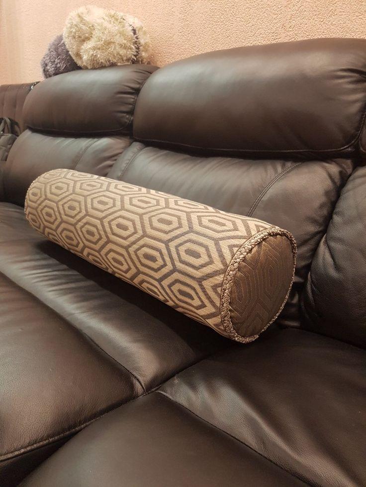 Подушка-Валик. из любой ткани. Заказать модно по телефону 8-914-709-2617