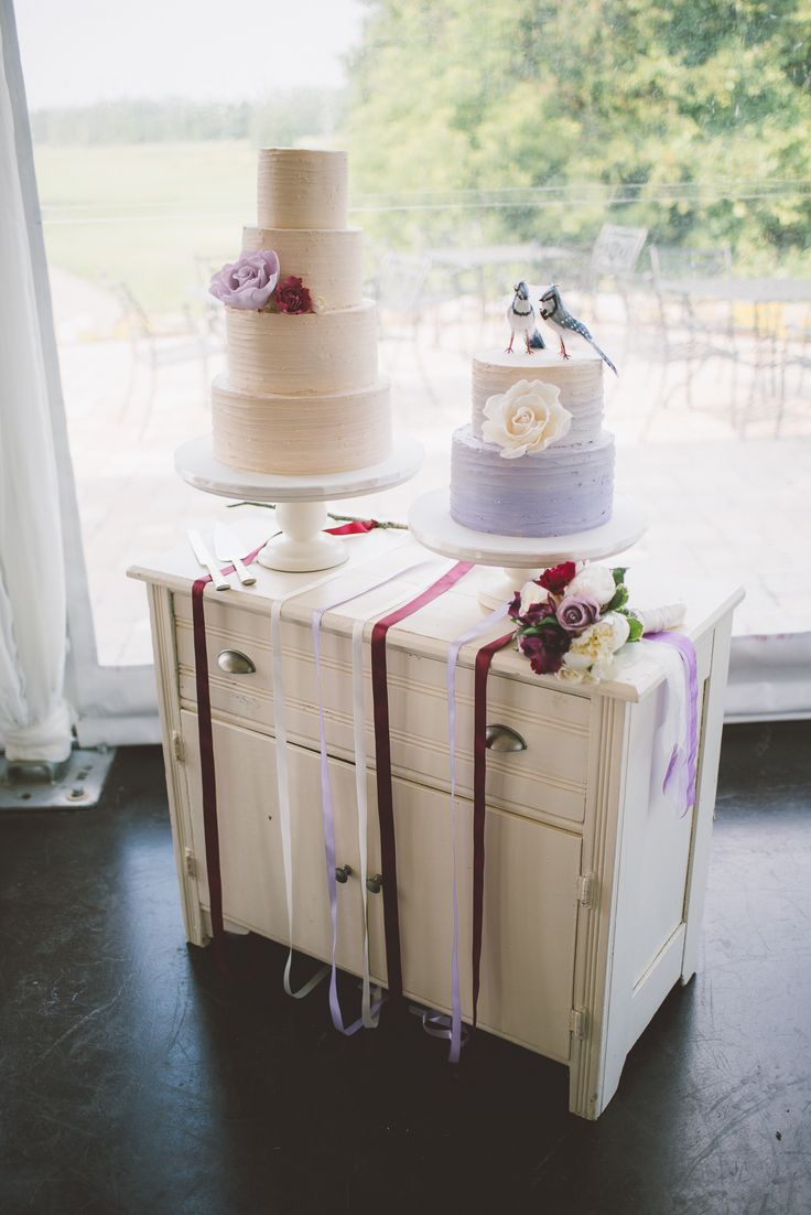 Beautiful cake table display by: Country Lane Vintage Rentals