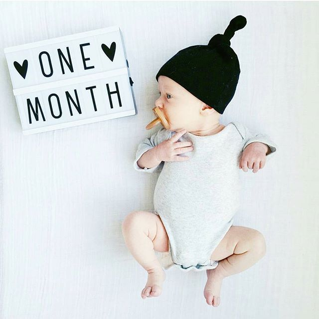How cute can it get... thx to @jlcouture #babymilestones #milestone #alittlelovelycompany #lightbox #cinematiclightbox