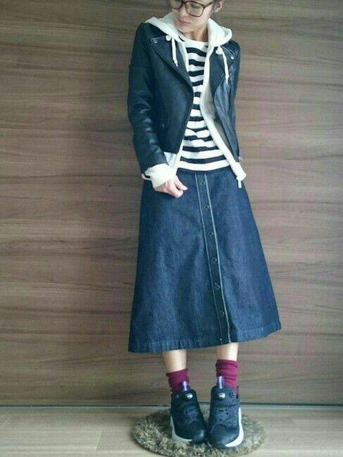 定番デニムスカートを履きこなせ!長さ別着こなしポイント♡ - Locari(ロカリ)