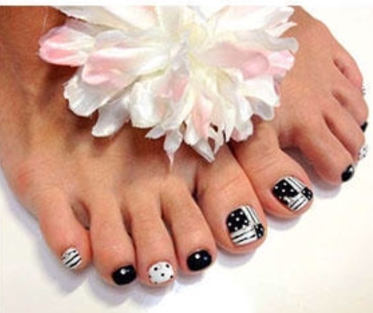 The 242 best Pedicures images on Pinterest | Toe nail designs ...