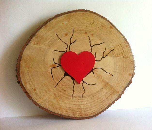 Decoración de pared - Rodaja de tronco live heart personalizada - hecho a mano por planetasierra en DaWanda
