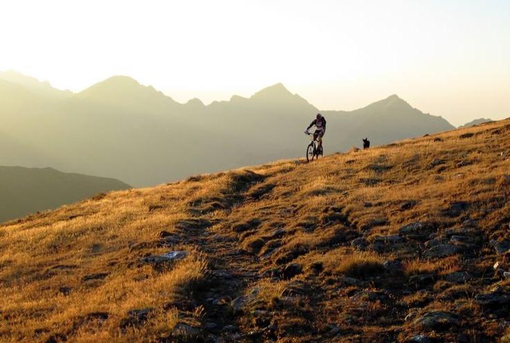"Laurentiu Barza mountains and photography: Fagaras: vf. Moldoveanu, cu ""bicla"", intr-o zi!"