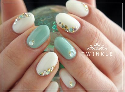 Ok. The minty plus the jewel placement by the cuticles AND square tips. Then.