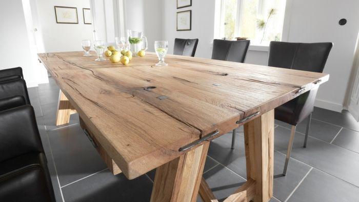 holz ausarbeitung stilvoller tisch