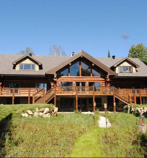 Cheshire Lodge | Bridezilla  Lots of details from the owner in a Q&A! Starting at $3000