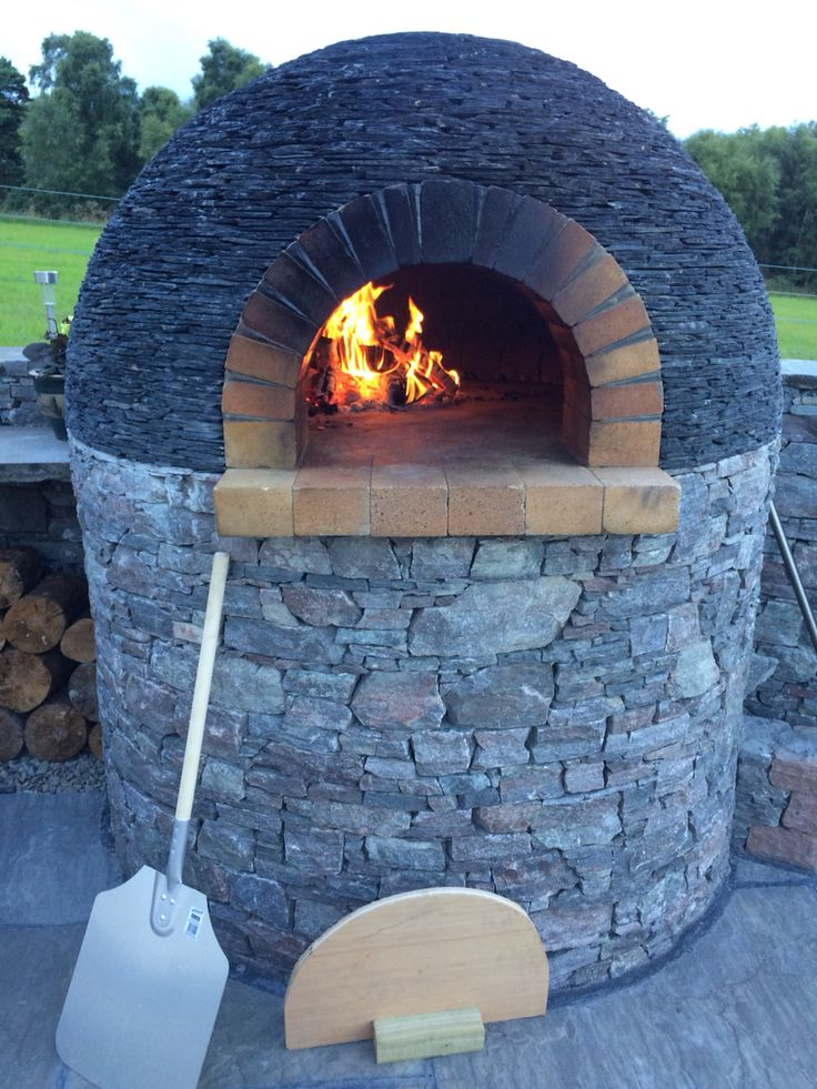 Pizza oven with slate roof, achilty stone, highlands of Scotland
