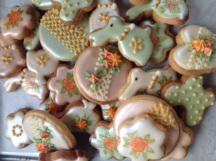 31 best easter gift delivery uk images on pinterest gift our easter jewels a box of gorgeous pearlised cookies a box of our little gift deliveryeaster negle Image collections