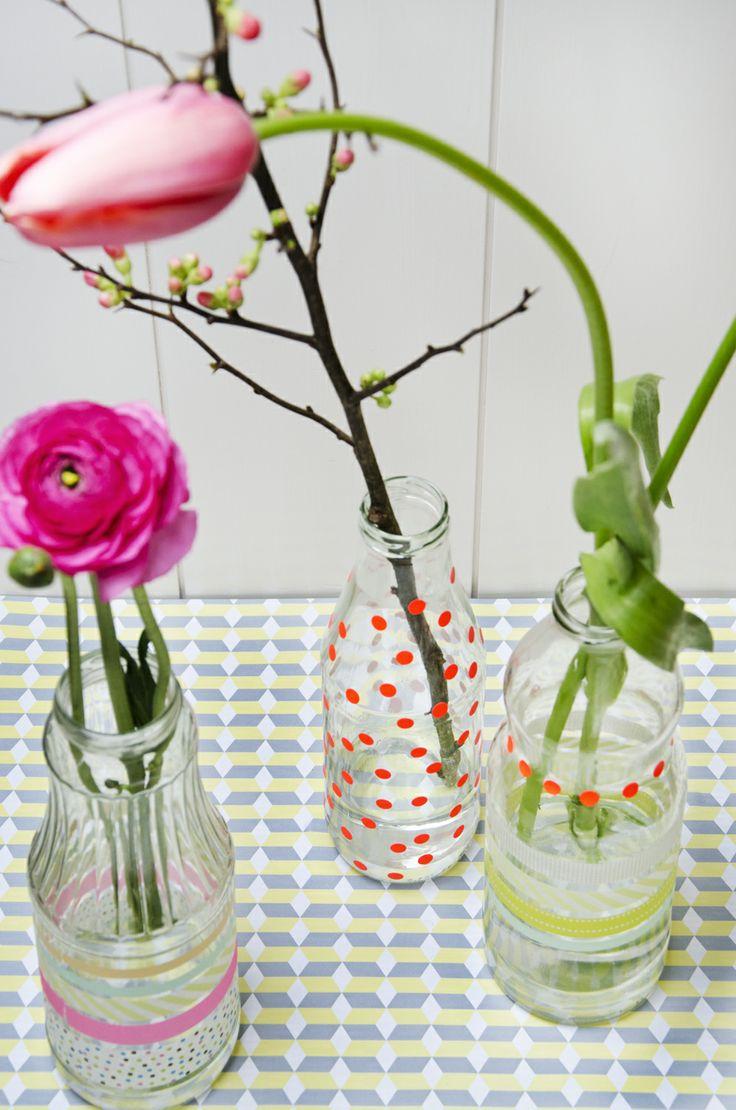 From the Blog Sjoesjoe likes lovely things!: DIY Easter Flower Bottles