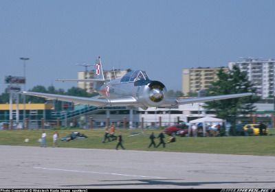 PZL-Mielec TS-8 Bies  low pass over runway