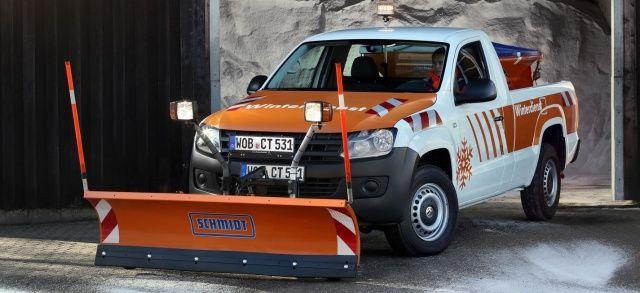 Das waere was ich bräuchte: VW Amarok als echter Schneepflug: Schneeräumen leicht gemacht: Der Amarok im Winterdienst - News - CROSS-MAX - Das allrad & offroad Magazin