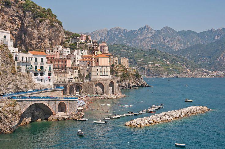 Malownicze #Amalfi #Włochy #wlochy #italia #neapol #wakacje Wejdź na: www.okrazycswiat.pl