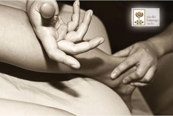 http://viadeigonzaga.it/ Il #MassaggioTuina è un'antica tecnica utilizzata dalla medicina tradizionale cinese. Utile per correggere posture errate e somatizzazioni psichiche. Scopri subito!