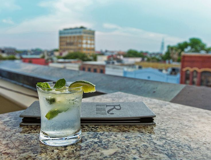 The Rooftop at the Vendue | Charleston, SC one of my favorite hotspots ❤️️