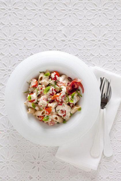 Recept voor tomaten-auberginesaus met tonijn