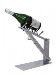 Vcanter Wine System Assists With Pouring Decanting Really Big