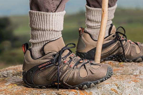Neunkirchen: 27-jähriger Ungar stürzte beim Wandern in den Tod