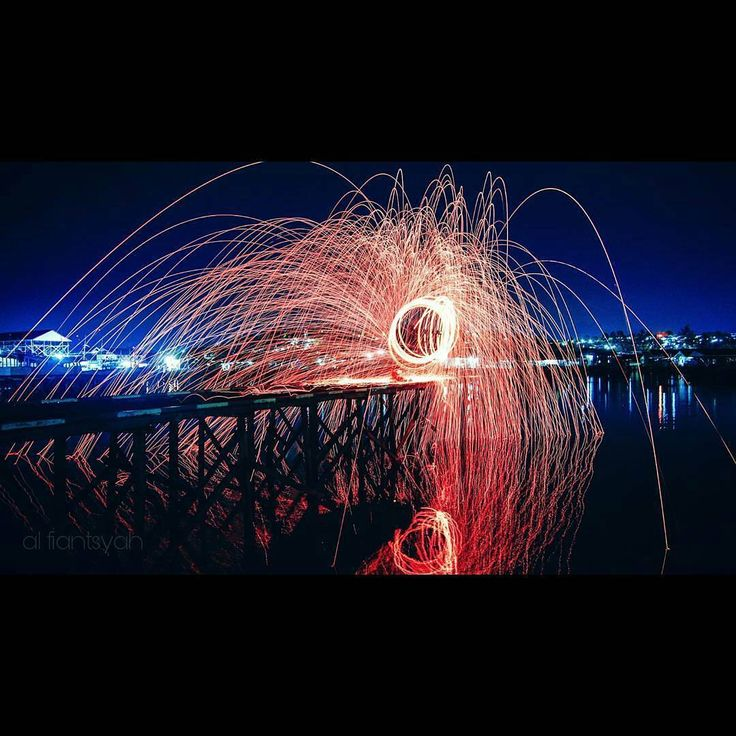 Tetap bersyukur dan slalu berusaha menjadi lebih baik... ___________________ Lok: jl. Sepaku Kampung baru Balikpapan. ___________________ By @fiantsyah . . #jangandirumahaja #inibalikpapanbosku #balikpapan  #anakmudabpp #ig_color #stellwool #sea #night #photography #photoshoot #photobooth #instafame #instagram #landscape #landscapephotography #landscaper #tv #mood #moody #movie #awesome_earthpix #longexposure #longexposurephotography #photooftheday #cinematic #discovery #cameraindonesia…