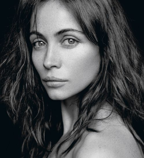 Emmanuelle Beart. A great French mouth with the trademark Gallic pout.