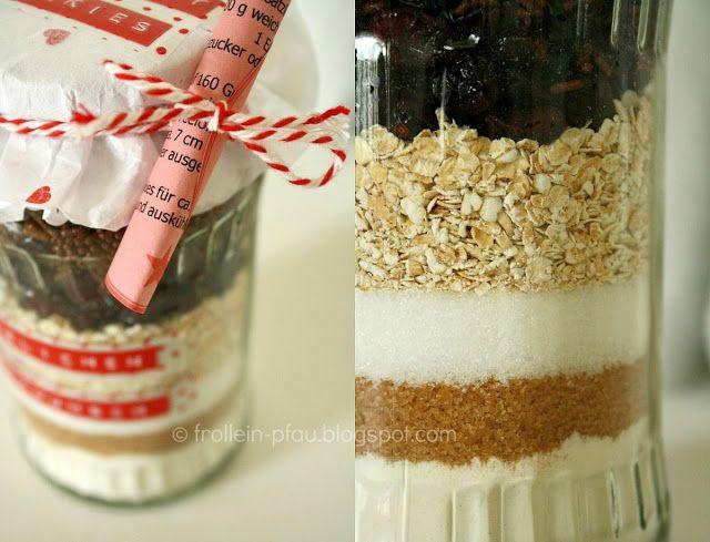 Backmischung im Glas, Kuchen, Kuchen im Glas, Cookies, Backmischung, Sauerkirschen, Frollein Pfau, Geschenk im Glas, Backen, DIY, Geschenk, ... (Diy Christmas Recipes)