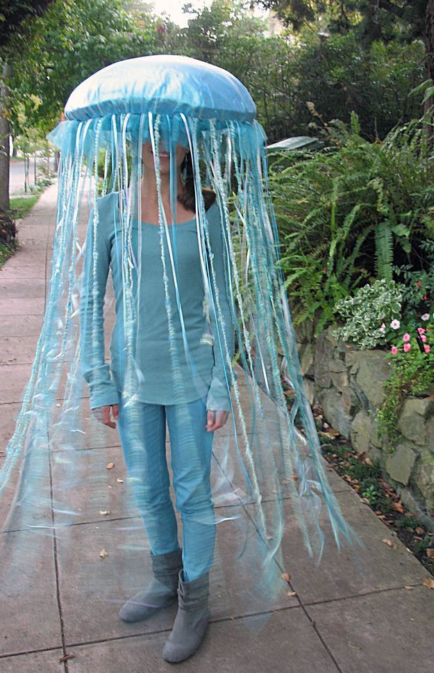 A Jellyfish made from an umbrella //costume ideas for elementary school teachers